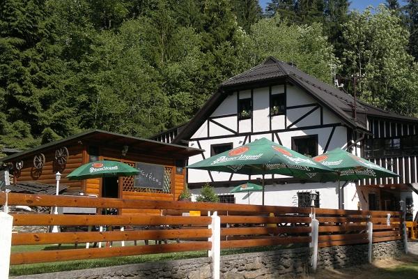 Šumava ubytování pro rodiny s dětmi - ubytování zejména pro rodiny s dětmi na chatě pod Špičákem v centru Šumavy